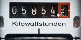 Stromzähler und Kilowattstundenanzeige
